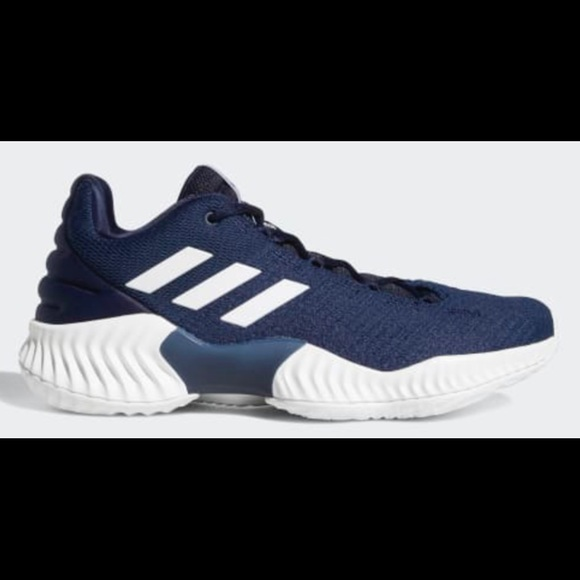3804d2190b5ce ADIDAS PRO BOUNCE 2018 LOW SIZE 9 NAVY